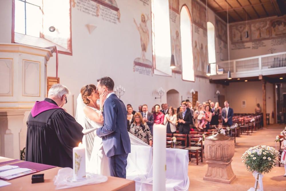 Hochzeitsfotograf Freiburg Bergkirche Nimburg