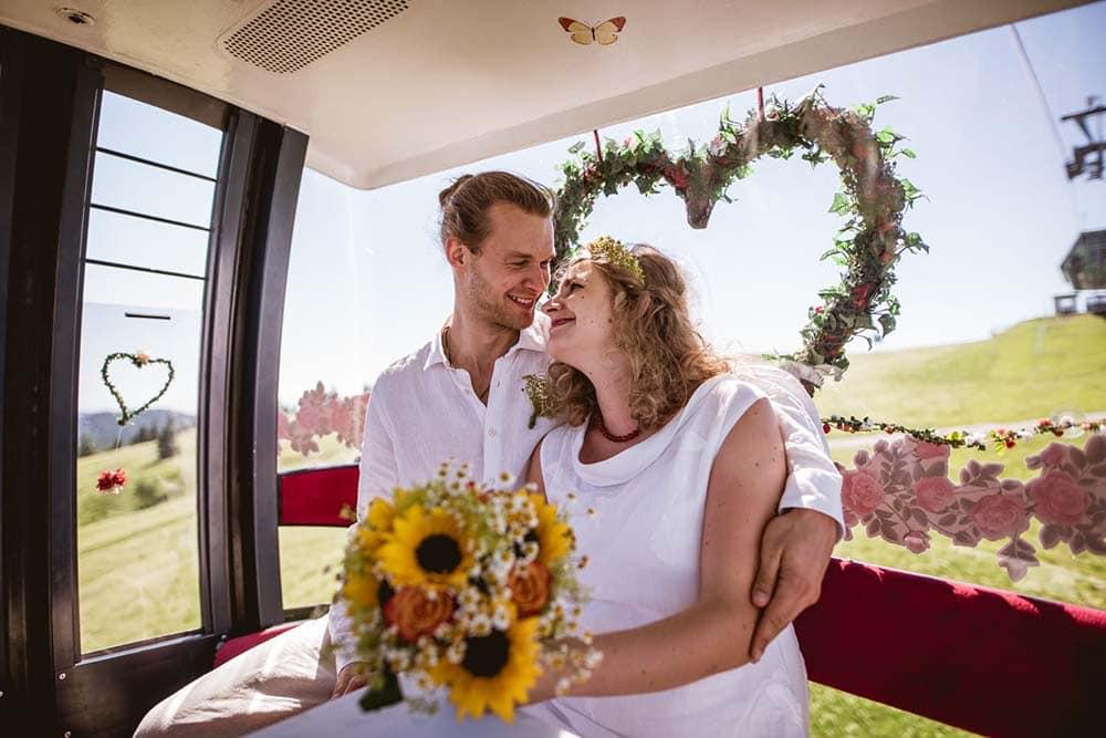 Hochzeitsfotograf Schwarzwald Feldbergturm Brautpaarfotos