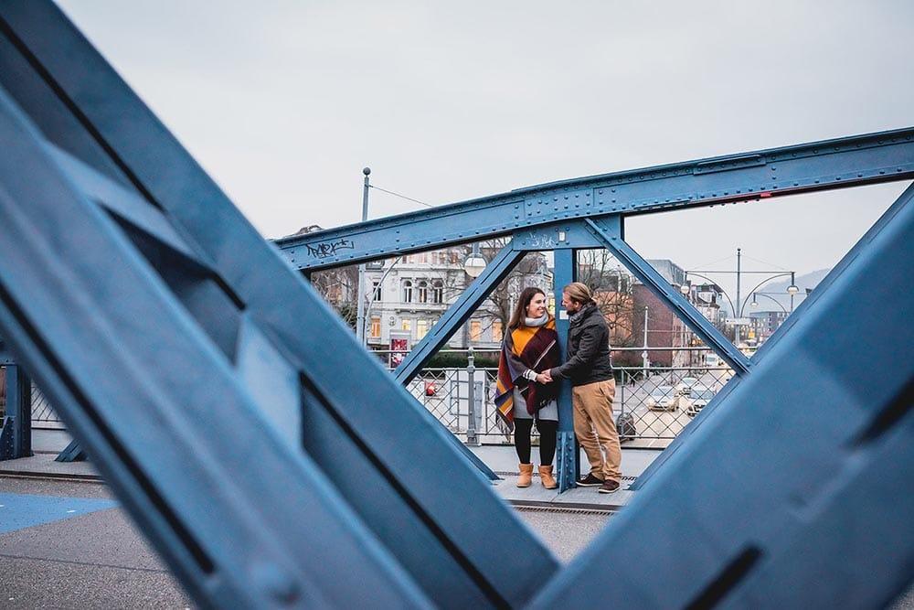 Paarfotos Blaue Brücke Freiburg