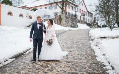 Romantische Winterhochzeit auf Schloss Bürgeln