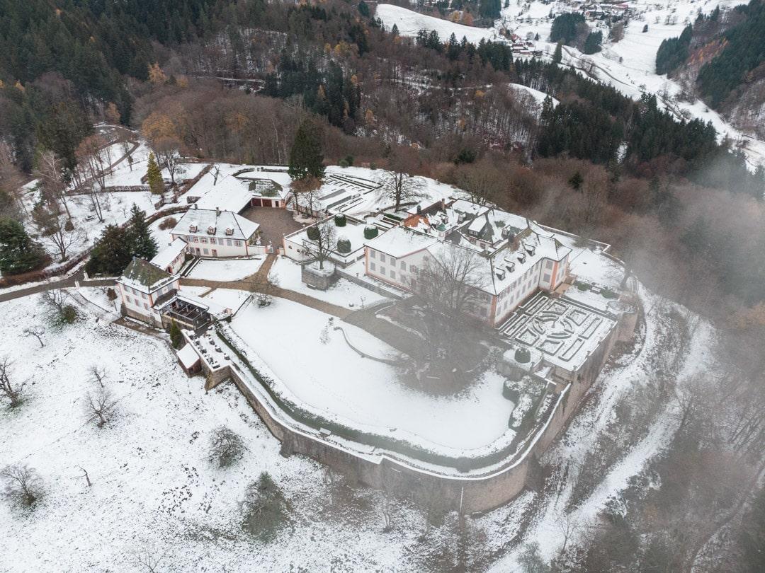 Schloss Bürgeln Luftaufnahme